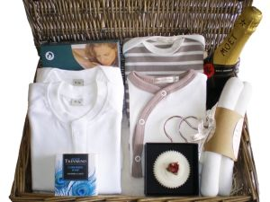 Lion and Unicorn Luxury Baby Gift Hamper by Mulberry Organics
