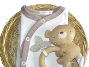 Upsy Daisy Unisex Gift Baby Basket by Mulberry Organics